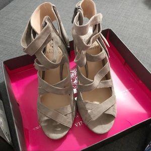 Vince Camuto Sammson Block-Heel Sandals Suede Gray